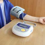 血圧の上が80台で低い!女性特有の原因はこの3つ!